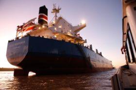 Argentina insólita: ahora son los intendentes de San Lorenzo y Puerto General San Martín los que amenazan con bloquear las exportaciones agroindustriales