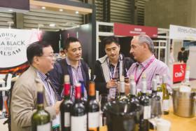 China se consolida como el primer comprador de vinos chilenos para compensar menores ventas en mercados tradicionales