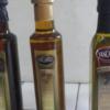 Anmat alertó que se están comercializando botellas falsificadas de aceite de oliva extra virgen Yancanelo